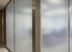 Jateamento artístico para vidros
