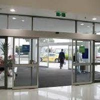 Manutenção de portas automáticas de vidro