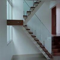 Corrimão de escada em vidro temperado
